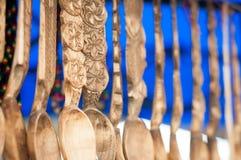 被雕刻的木匙子细节 免版税库存照片