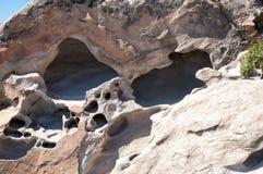被雕刻的花岗岩阻拦Kolimbithres海滩,帕罗斯岛海岛 库存图片