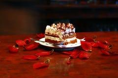 被鞭打的奶油色蛋糕 免版税图库摄影