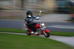 被颤动小舌的摩托车 库存图片