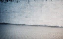 被风化的煤渣砌块,砖墙纹理与 免版税库存图片