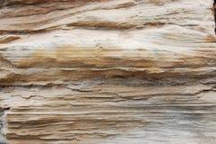 被风化的砂岩峭壁特写镜头 库存照片