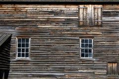 被风化的谷仓墙壁 免版税图库摄影