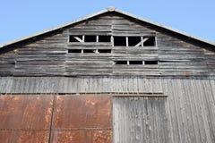 被风化的谷仓 库存照片