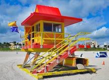被风化的迈阿密海滩海洋抢救驻地 免版税库存照片