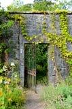 被围住的庭院, Applecross 免版税库存照片