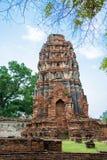 被破坏的古庙 库存图片