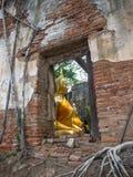 被破坏的和古老佛教寺庙 免版税库存照片