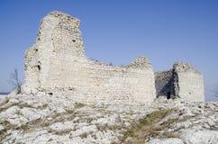 被破坏的城堡中世纪 免版税库存照片