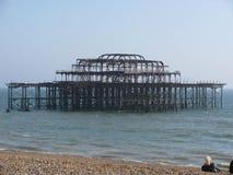 被破坏的布赖顿码头 库存图片