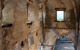 被破坏的希腊东正教在Kayakoy Turke鬼城  免版税图库摄影