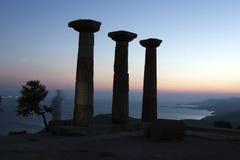 被破坏的雅典娜寺庙在Assos,土耳其 图库摄影