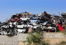 被击毁的汽车转储  免版税库存图片