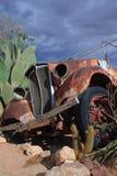被击毁的老朋友汽车 免版税库存照片