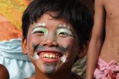 被绘的面孔年轻男孩在柬埔寨 免版税库存图片