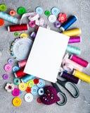 裁缝缝合的辅助部件 免版税库存图片