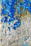 破裂和削皮油漆和难看的东西老墙壁有纹理的 免版税库存照片