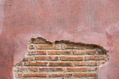 破裂的具体葡萄酒砖墙背景 文本的空间 免版税图库摄影