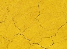 破裂的黏土墙壁背景 免版税图库摄影