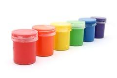 装树胶水彩画颜料油漆于罐中 免版税库存图片