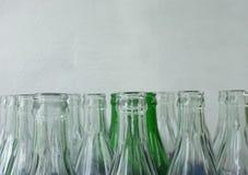 装瓶浅中央dof重点的玻璃 图库摄影