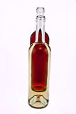 装瓶红色玫瑰酒红色 免版税库存图片