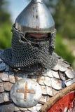装甲和盔甲的中世纪骑士 库存图片