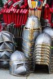 装甲骑士中世纪金属对手保护战士武器 免版税库存照片