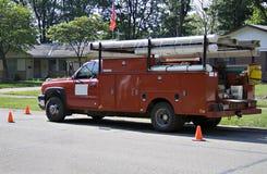 装货红色卡车工作 免版税库存图片