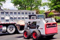 装载者装货卡车在南佛罗里达 库存照片