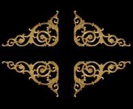 装饰元素,在黑色的葡萄酒金子花卉设计 图库摄影