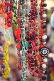 装饰品销售从小珠和小珠的 库存图片