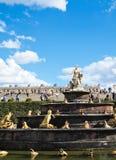 装饰喷泉从事园艺凡尔赛 库存图片