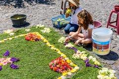 装饰圣洁星期四地毯,安提瓜岛,危地马拉 免版税库存图片