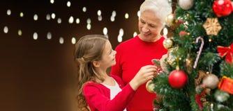 装饰圣诞树的愉快的系列 免版税库存图片