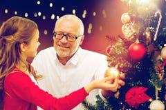 装饰圣诞树的愉快的系列 免版税库存照片