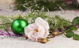 装饰圣诞节和新年。 免版税库存照片