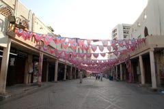 装饰在吉达赖买丹月在老市场巴勒阿德上购物和顾客在吉达,沙特阿拉伯, 15-06-2018 免版税库存图片