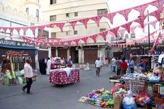装饰在吉达赖买丹月在老市场巴勒阿德上购物和顾客在吉达,沙特阿拉伯, 15-06-2018 免版税库存照片