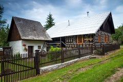 装饰房子在Cicmany在斯洛伐克 免版税库存照片