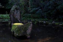 装饰日本池塘 免版税库存照片