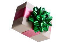 装饰棕色包装纸圣诞节礼物 免版税库存照片