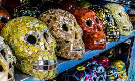装饰玛雅头骨在海滨del卡门,墨西哥 图库摄影