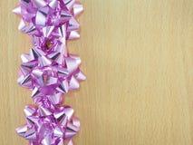 装饰用弓的一个木制框架 免版税图库摄影