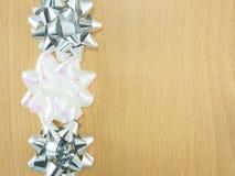 装饰用弓的一个木制框架 免版税库存图片