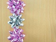 装饰用弓的一个木制框架 免版税库存照片