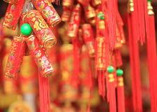 装饰的假中国爆竹 免版税库存图片