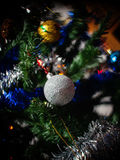装饰的圣诞树细节 库存照片