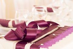 装饰的婚礼桌 免版税图库摄影
