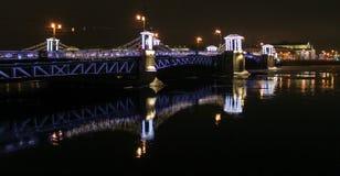 装饰的宫殿桥梁 免版税库存照片